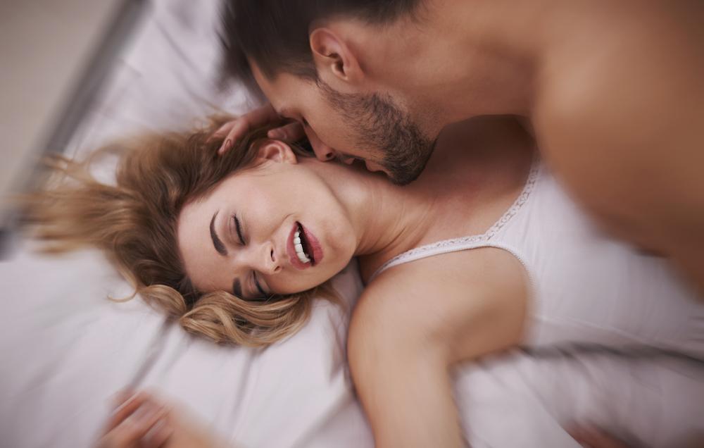 sanjati seksualni odnos seks