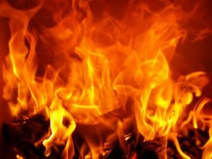 šta znači sanjati vatru vatru plamen