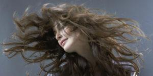 sanjati da imate dugu kosu kosa