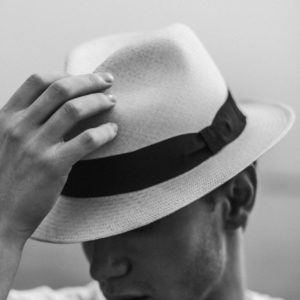 sanjati šešir šešire