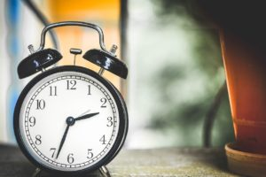 sta znaci sanjati alarm snovi sanovnik
