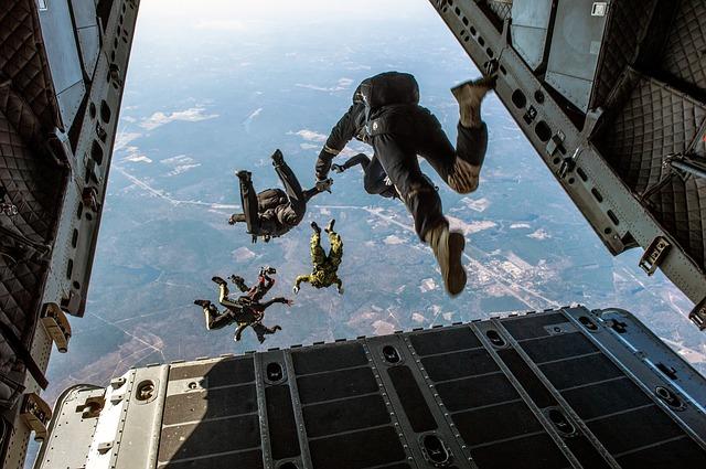 Šta znači sanjati padobranca?